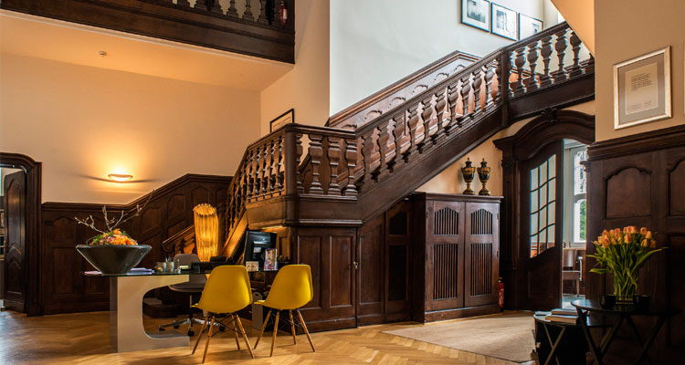 Einzigartiges hotel in wuppertal park villa for Wuppertal design hotel