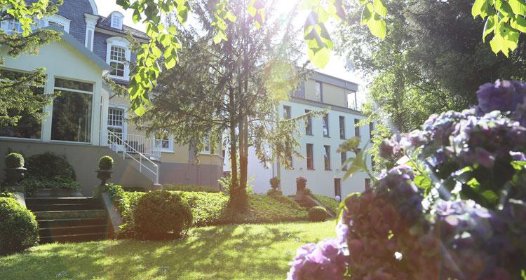 Park Villa Hochzeitslocation Wuppertal vier sterne