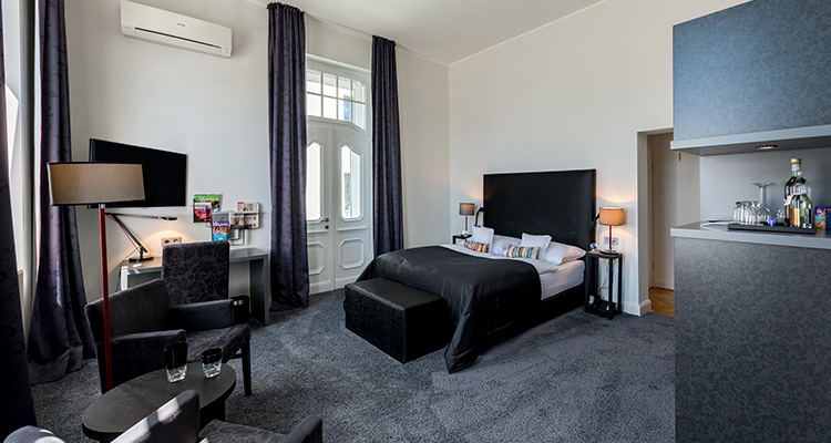 Rooms first class superior hotel park villa wuppertal for Wuppertal design hotel